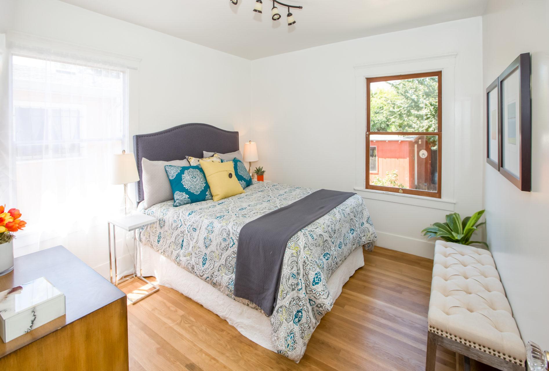 4229 Suter St-Bedroom2